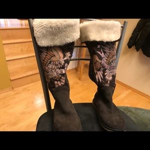 Ed Hardy fur lined brown boots